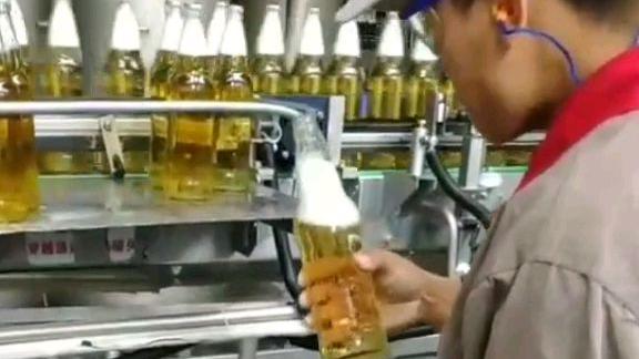 啤酒产线检验员,下班晕乎乎的!