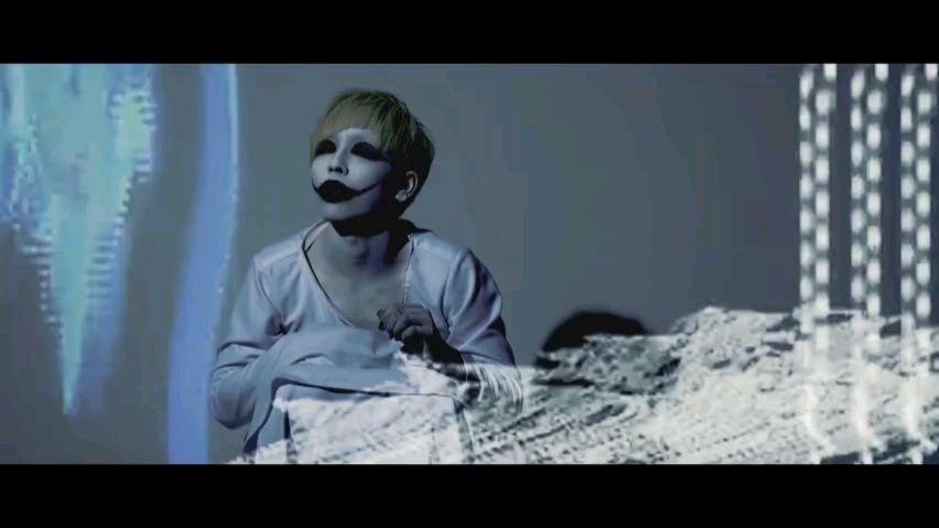 日本的好乐队真多!我又发现一个辣。视觉系数学摇滚实验死核金属核乐队 DIMLIM ,最新单曲『离人』
