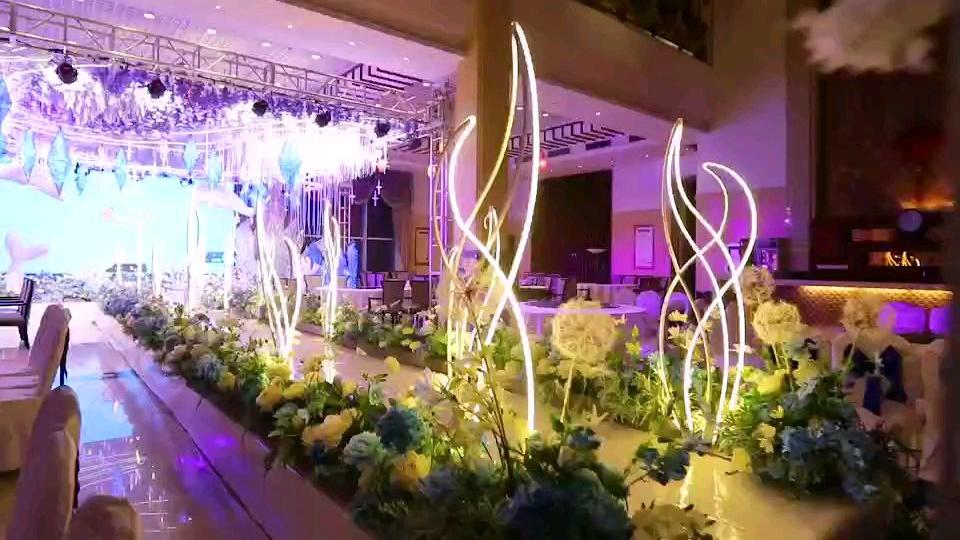 婚礼预订的海洋风婚宴大厅,美的不要不要的哦!