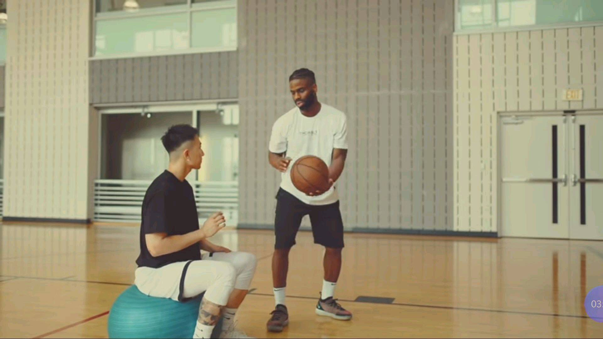 NBA训练师教你正确的投篮姿势,提高篮球命中率!