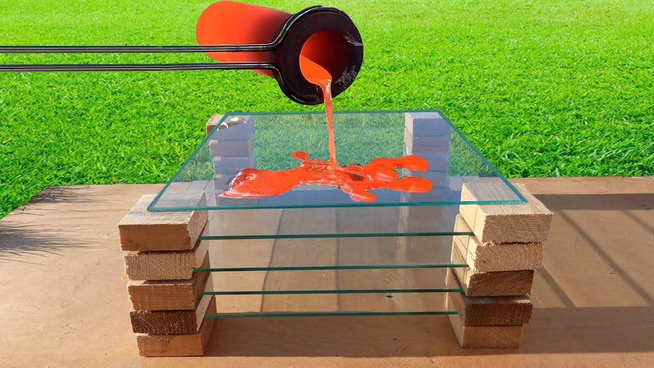 把岩浆分别浇在挡风玻璃、双层玻璃、防爆玻璃上,结局一样吗