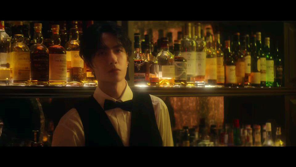 【王一博】20201118-VogueFilm杂志《花的游吟》预告