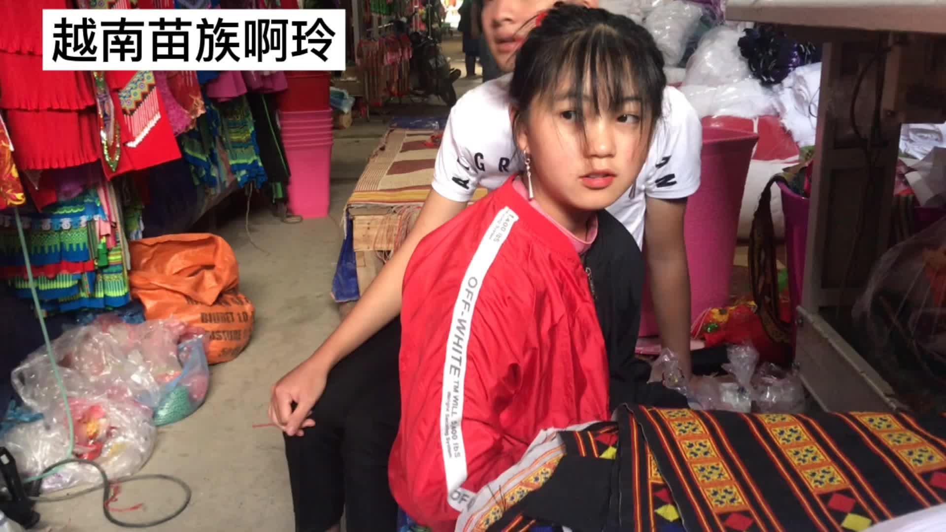越南姑娘一天上12小时班,工资才30块,这也太低了吧!