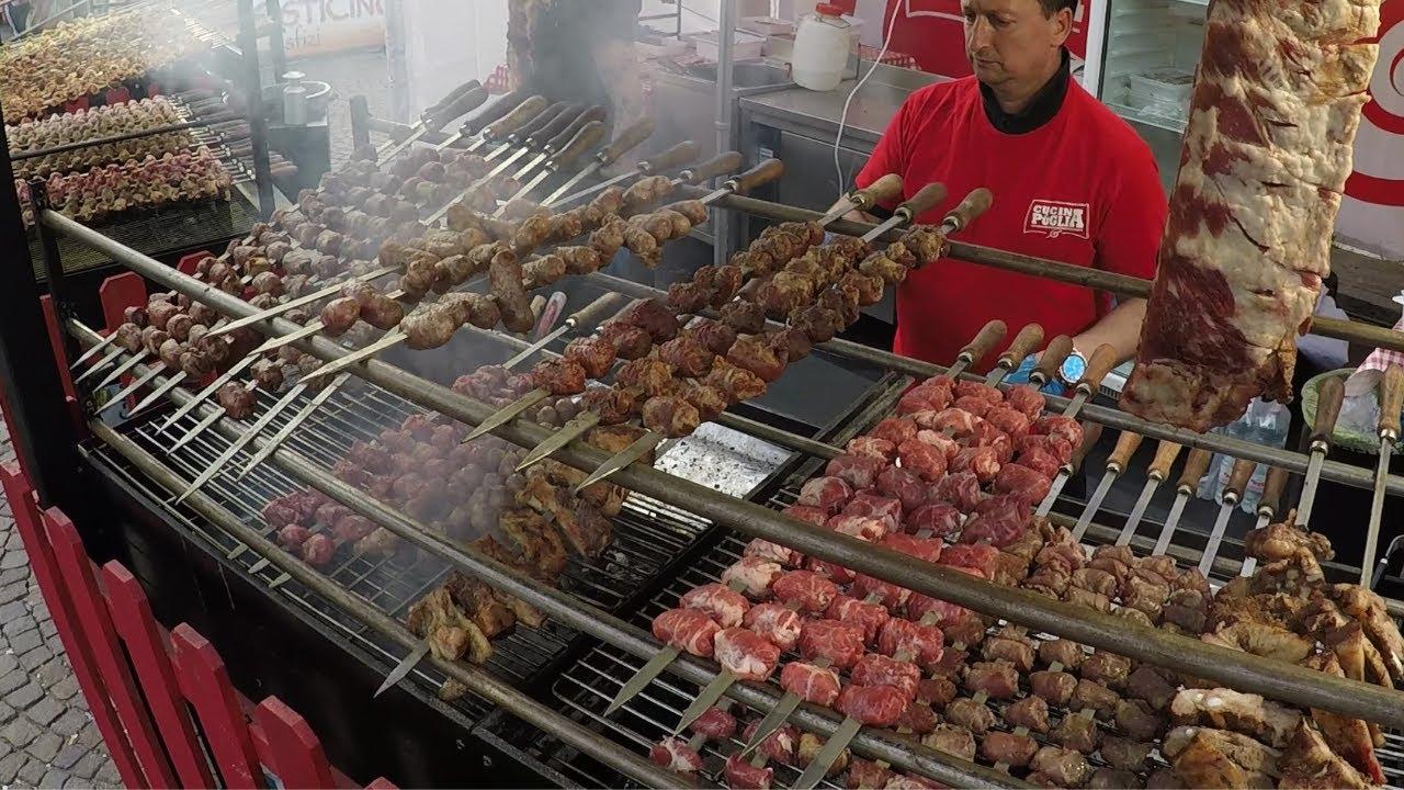 意大利街边小吃—— 猪肘,羊肉,猪肉串,奶酪融化,意式薄饼,干火腿,西班牙海鲜饭