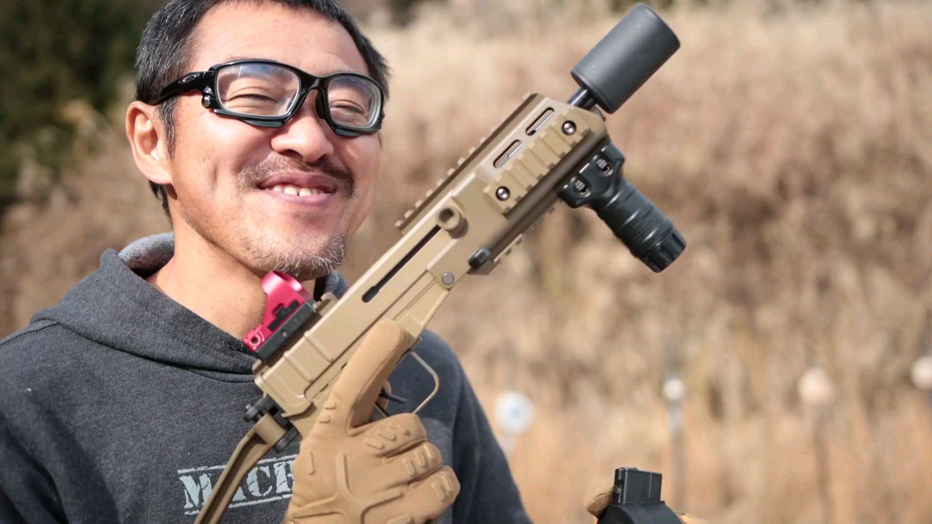 [日本壕界大叔]大叔测评东京丸井 毒蝎Mod-D airsoft玩具