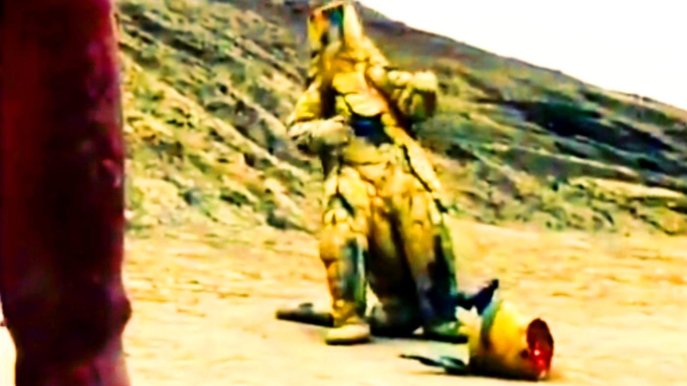 【红超人】萝莉怪兽娘竟然惨遭分尸,娇弱的身躯沾满了鲜血