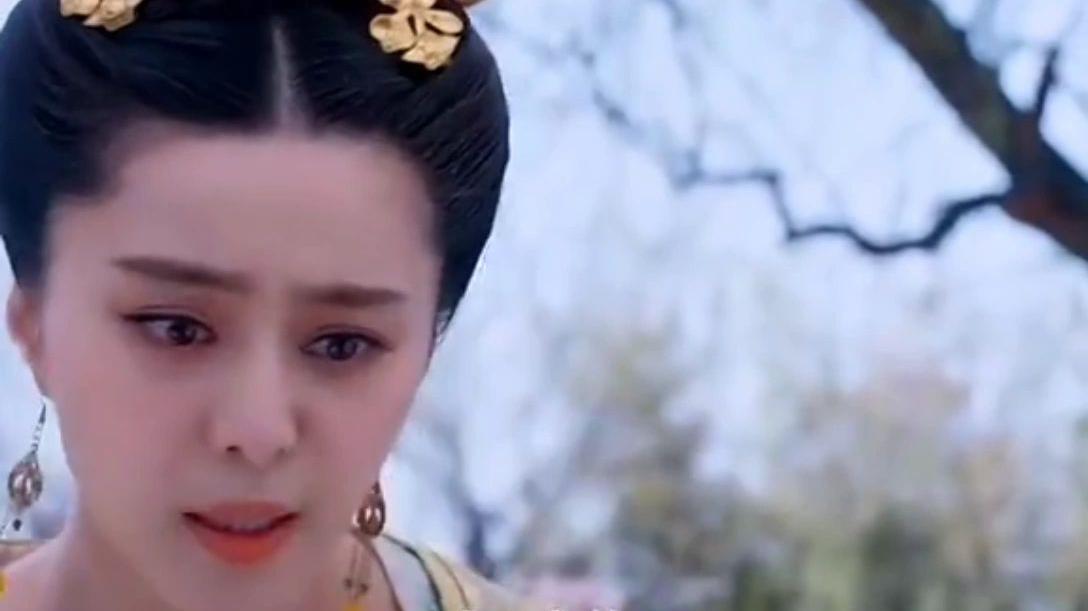 蛮横皇子竟一头撞向孕妇肚子,殊不知眼前的女子,连皇上都忌惮!
