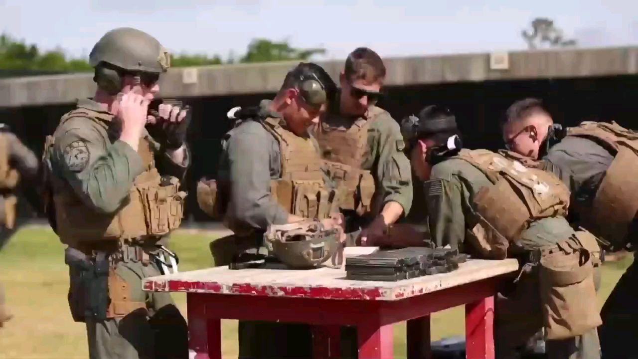 美国海军陆战队特别反应小组战术训练