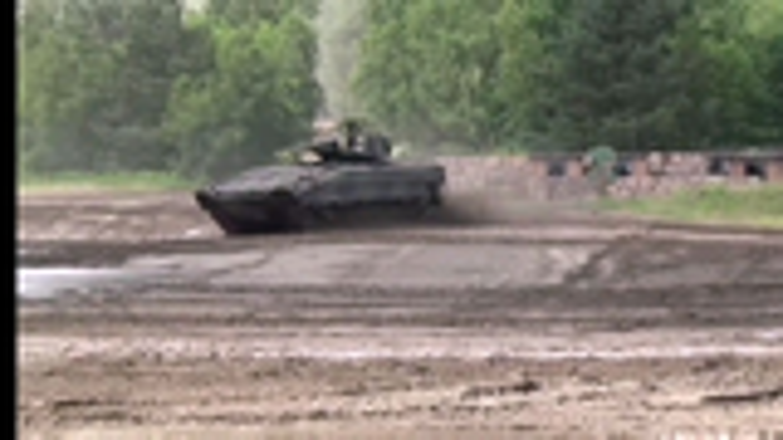 地球上最强的陆战装备集体撒欢德国陆军精彩军事演习