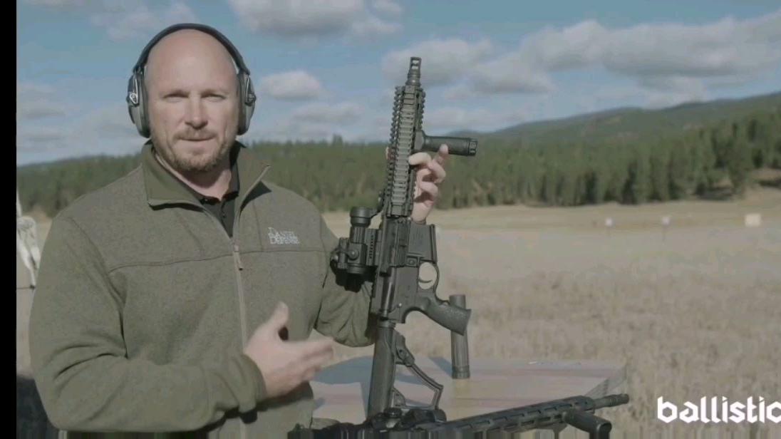 近战款MK-18全自动射击