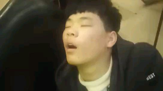 花式睡觉法。