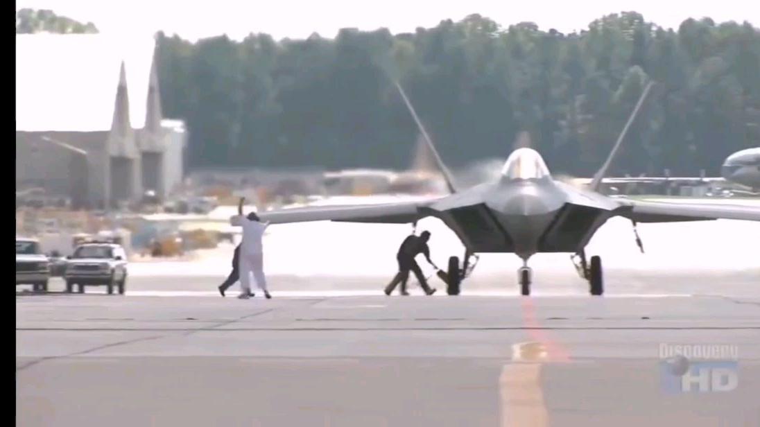 F-22猛禽从生产车间到战场