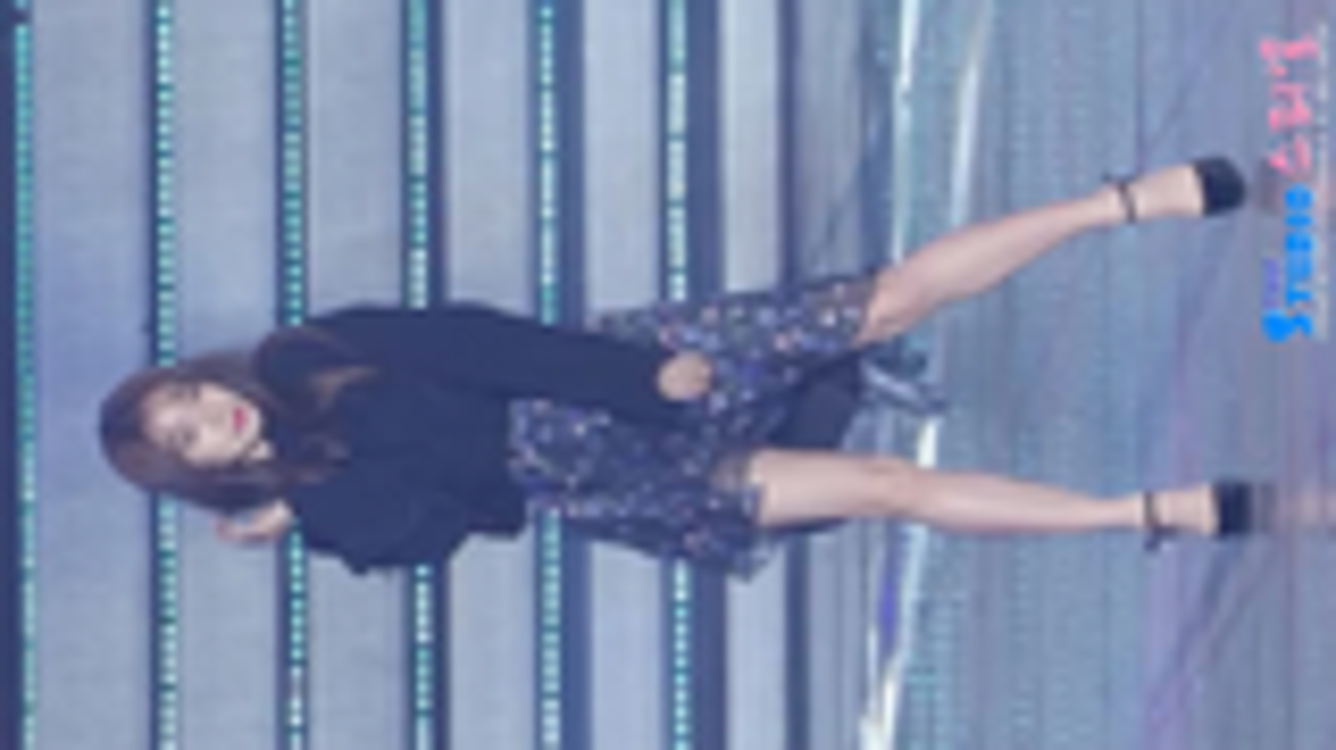 【朴智妍】朴智妍直拍 大长腿啊