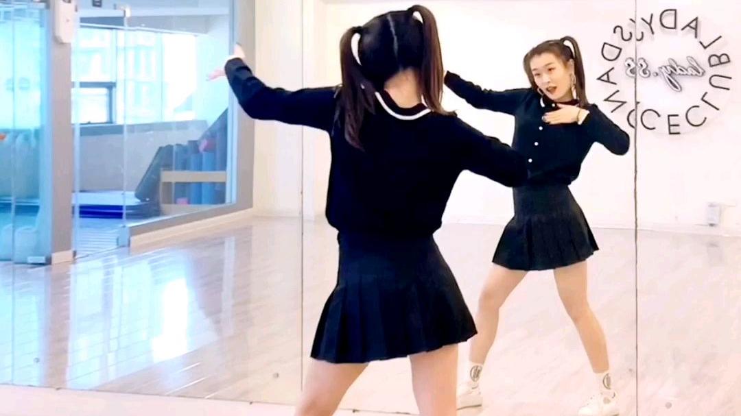 超可爱舞蹈 青春有你2 虞书欣《爱你》+镜面慢速分解视频 青岛舞蹈 可爱舞蹈婚礼舞蹈推荐