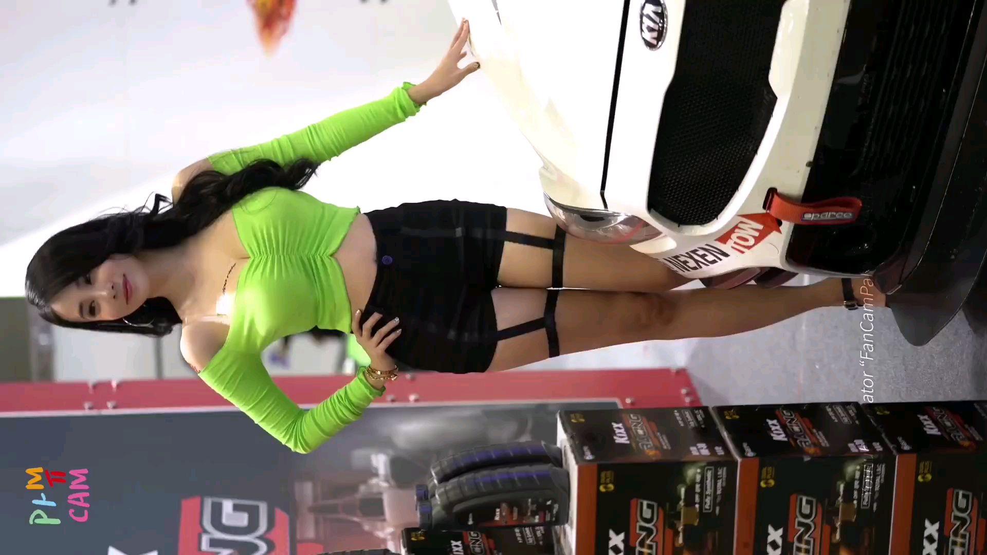 韩国车模直拍 小姐姐衣服真好看