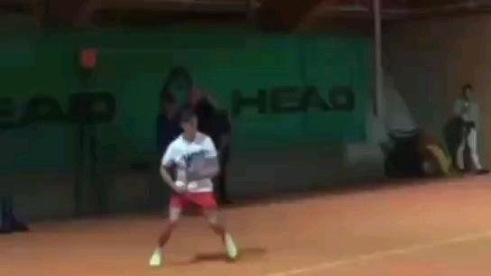 【网球】这击球我看醉了。
