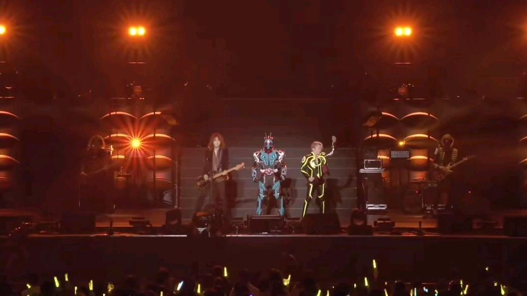 2020年超英雄祭    假面骑士零一连冬季剧场版主题曲演唱片段