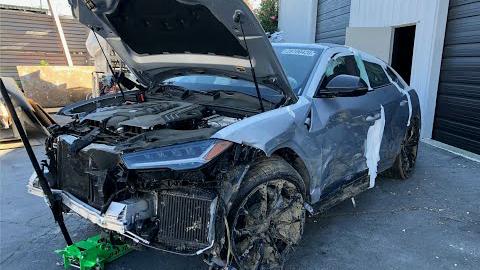 买一台2020新款兰博基尼Urus事故车