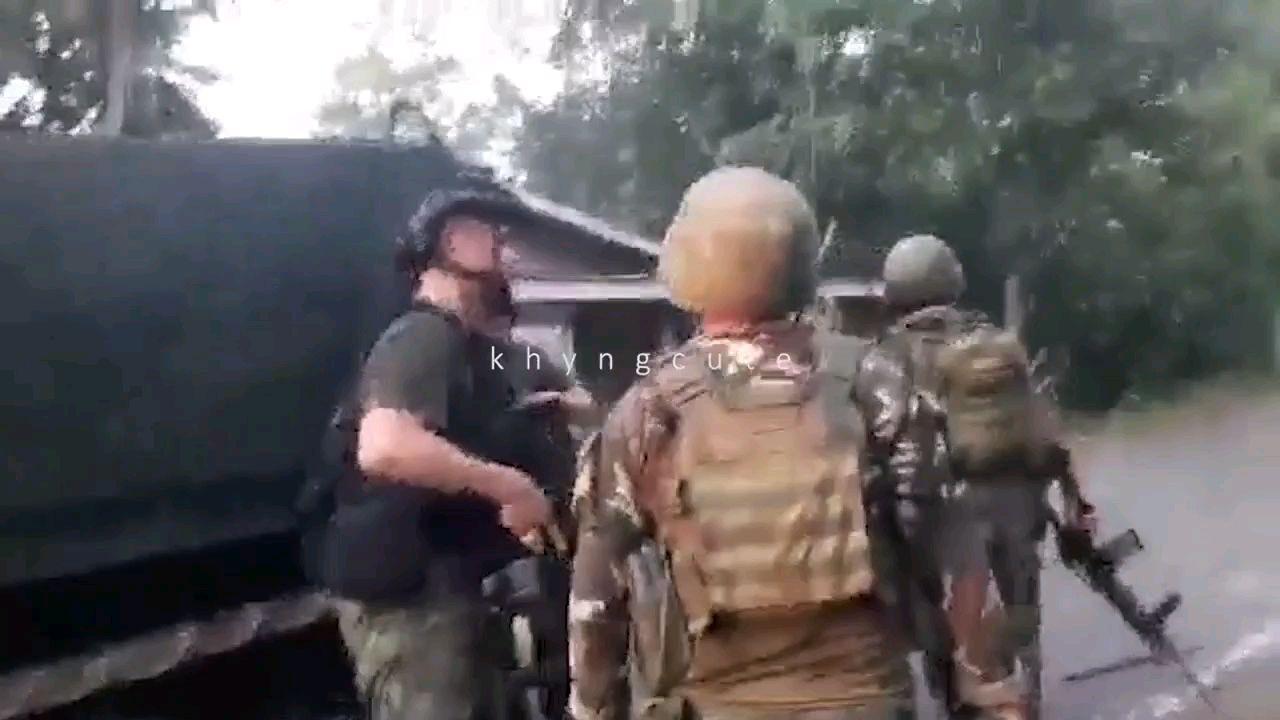 菲律宾军队围剿NPA武装游击队