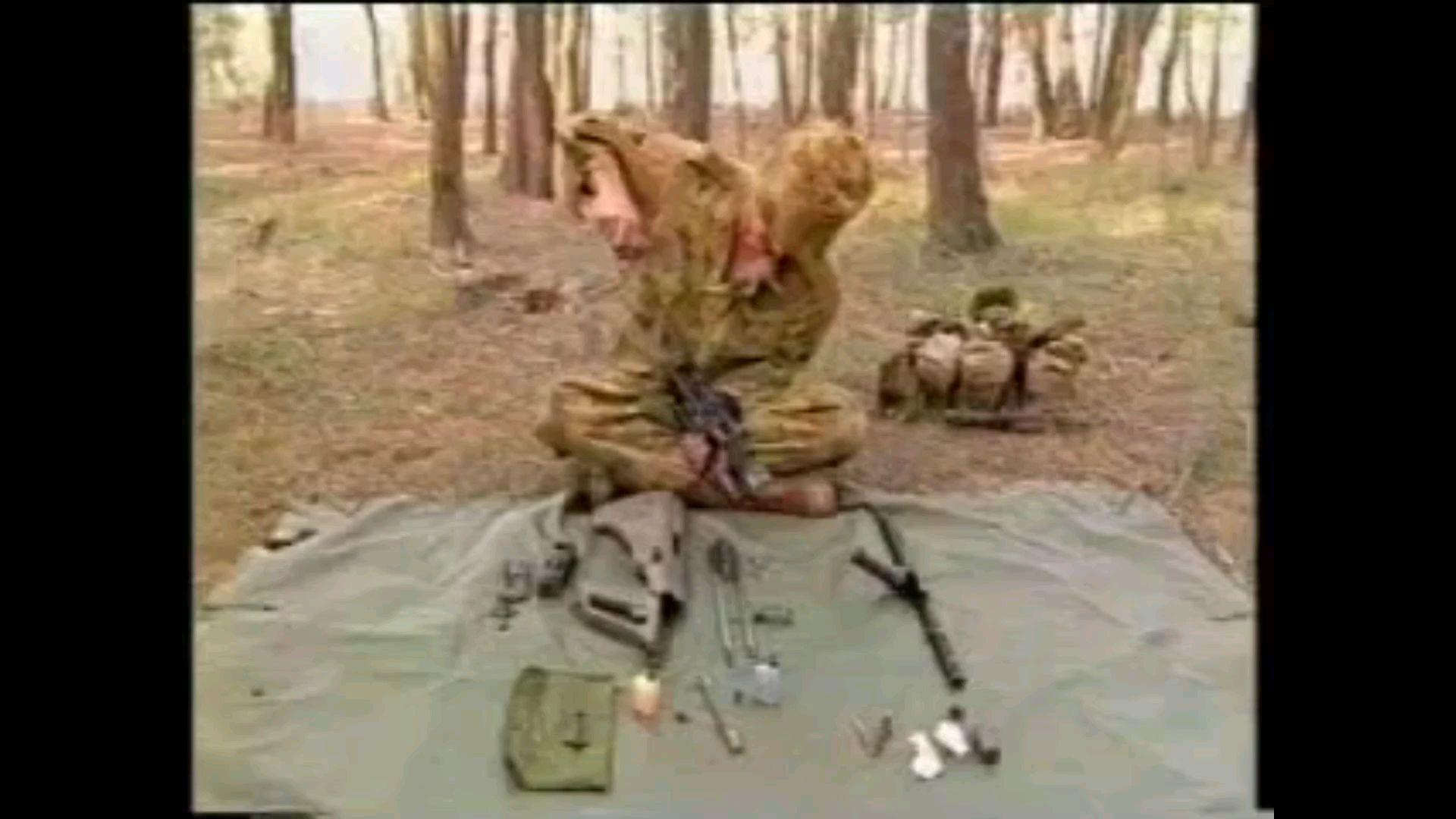 【远古/熟肉/英语】澳大利亚陆军Austeyr(澳斯太尔)F88 步枪保养与维护教学(1996年)