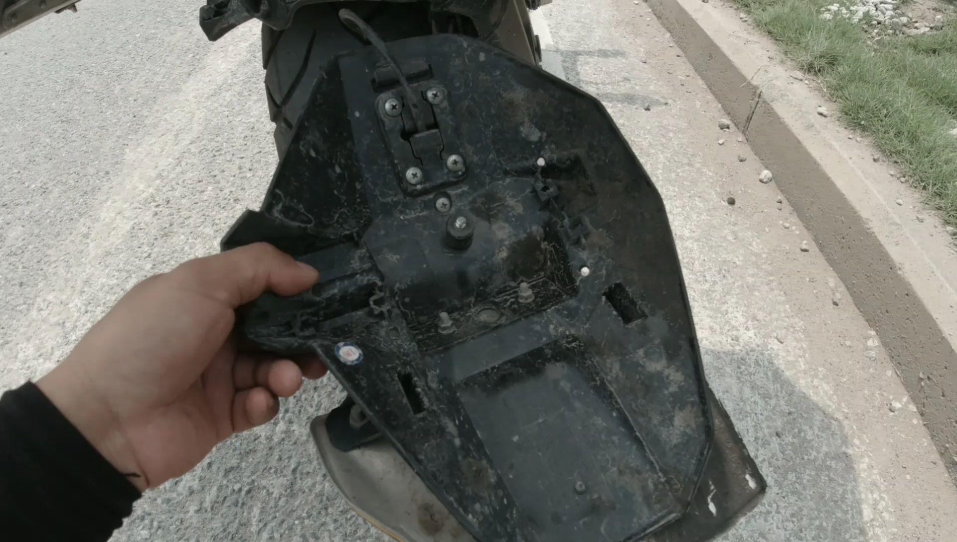 骑摩托旅行10000多公里,最担心的问题还是出现了