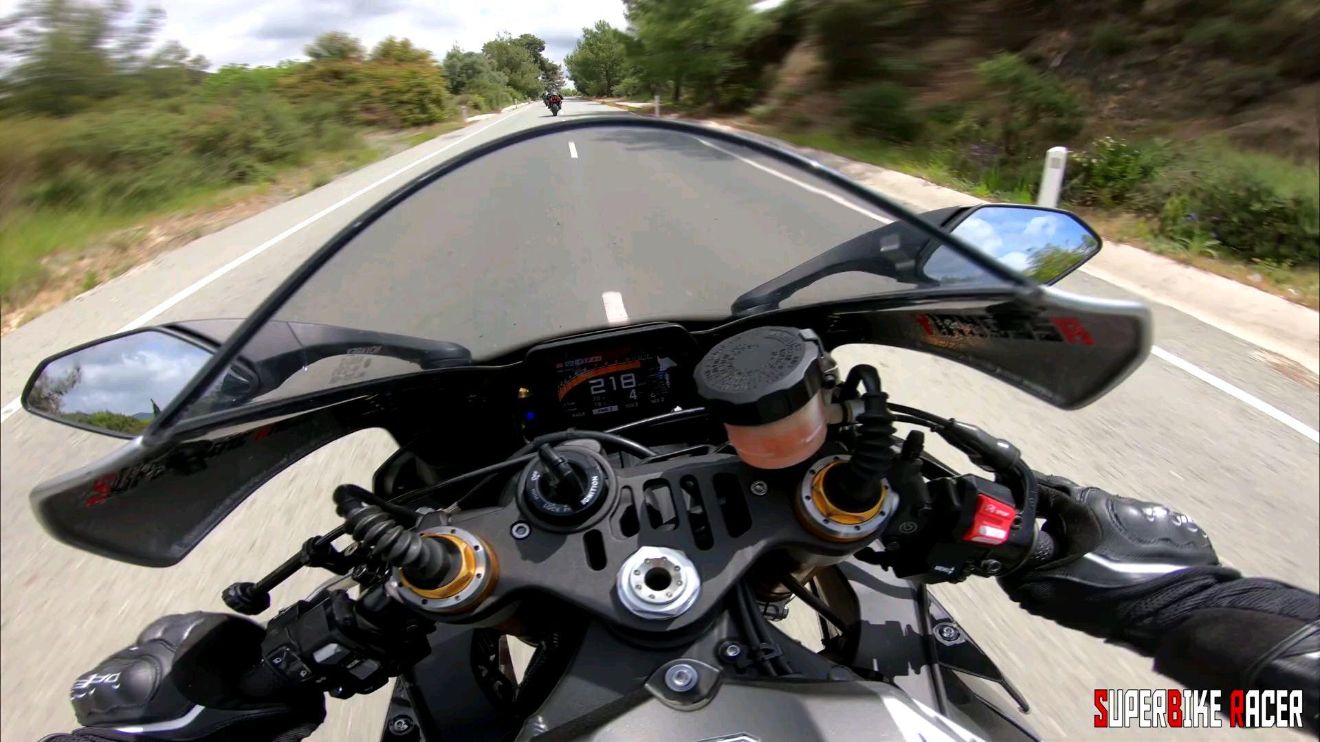 【跑山】雅马哈R1 VS 超快的Aprilia Rsv4