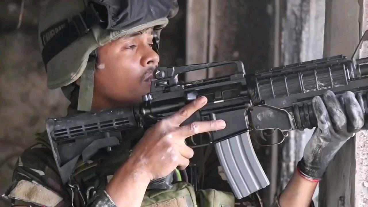 【菲律宾反恐】侦查游骑兵在马拉维
