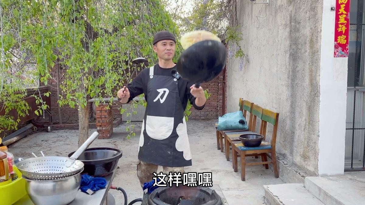 你会做小葱煎鸡蛋吗?刀哥教你一个小窍门,又简单又好吃