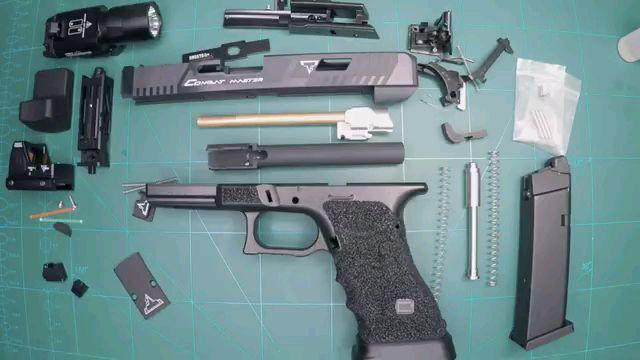 【Airsoft】国外小伙组装一把TTI G34 gbb玩具枪