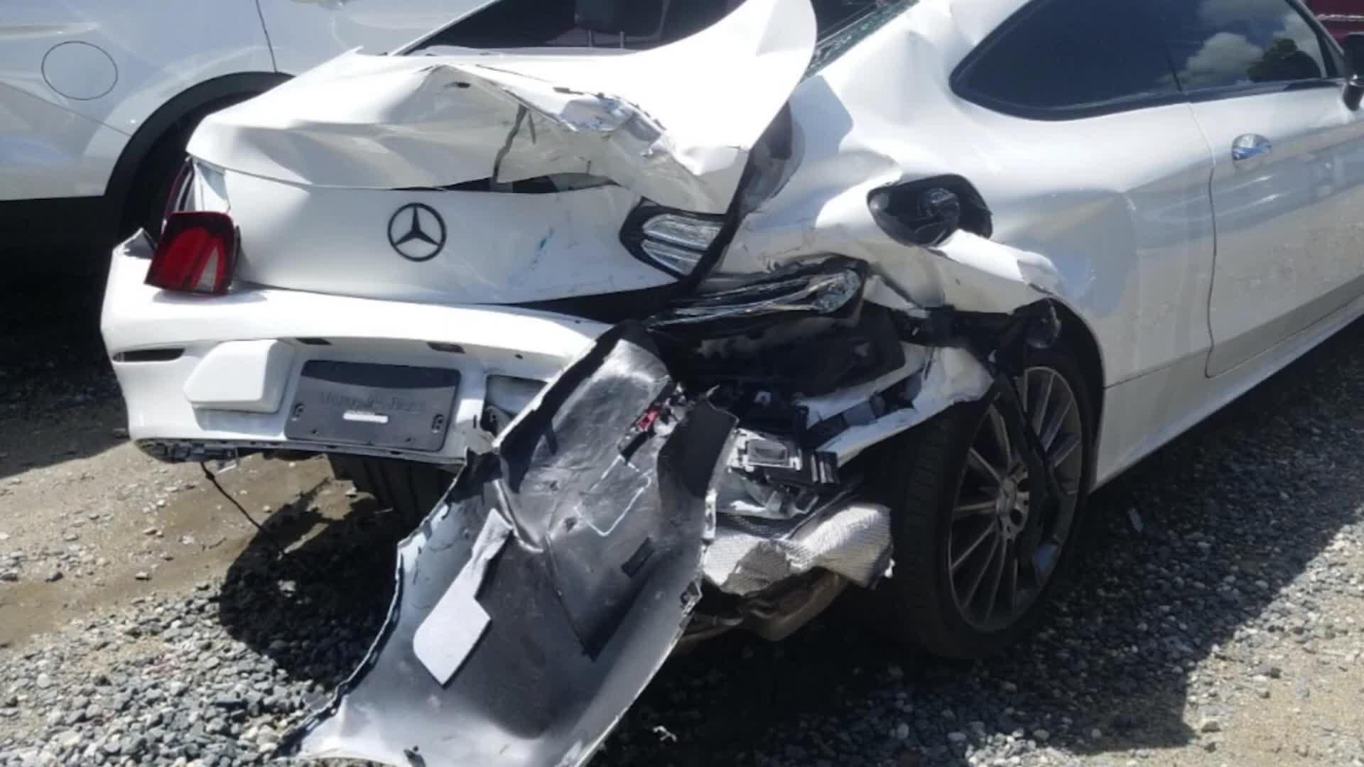 奔驰AMG C43事故车修复【毛子钣金王】