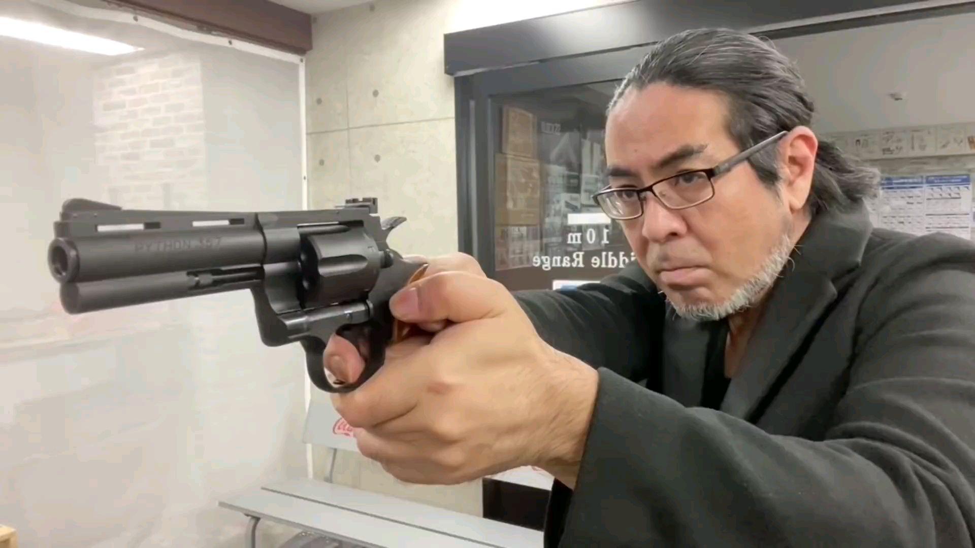 [油管搬运]我最喜欢的玩具枪