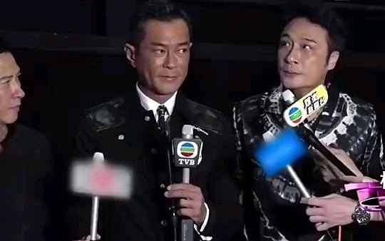 哈哈哈哈!吴镇宇切换粤语失败名场面