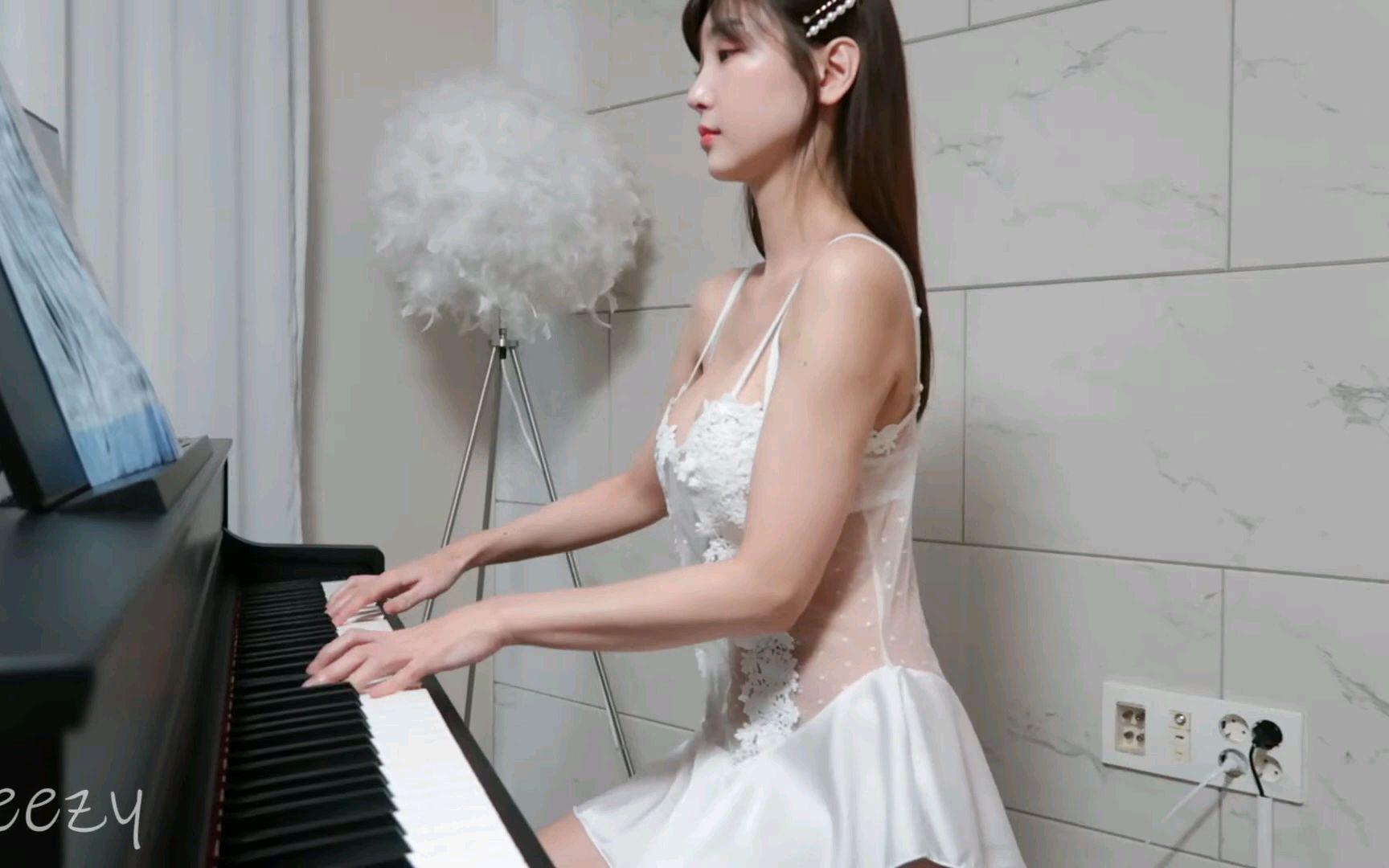 这钢琴真美