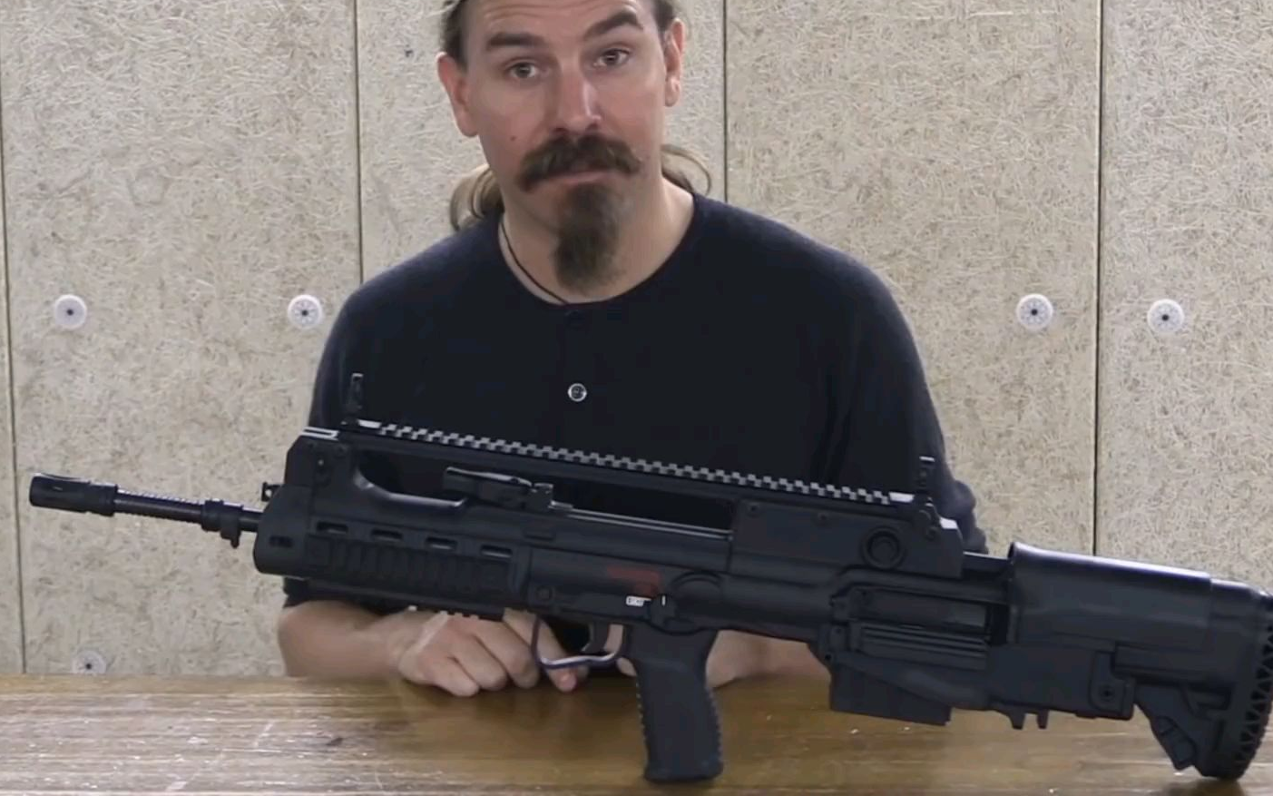 《被遗忘的武器频道》生肉 95式步枪的远方好兄弟!VSH–2步枪介绍