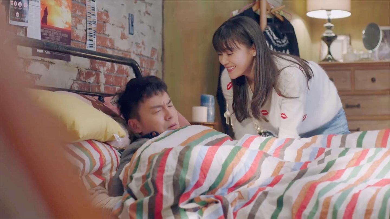 我爱男保姆: 小伙醒来发现一美女在床头, 还要他负责, 这段太爆笑