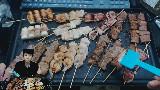 【第一视角菌】烤串:鸡肉,虾,培根,牛肉,裙牛排,鱿鱼,年糕。