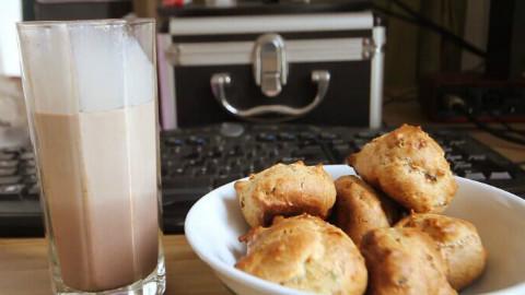 【食欲之秋料理祭】丝袜奶茶与培根泡芙【免检厨房】