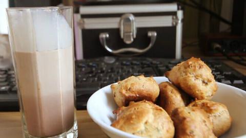 【食欲之秋料理祭】原味丝袜奶茶与培根泡芙【免检厨房】