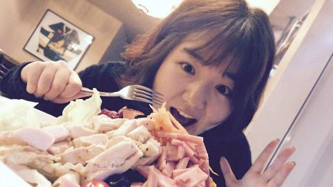 【今天看我吃神马?!】pasta&汉堡&色拉(第一趴)