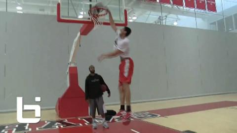 德文威廉姆斯篮球教学!中锋大个子控球、低位训练