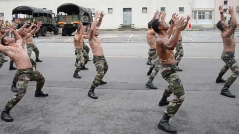 新西兰军人的战舞表演!