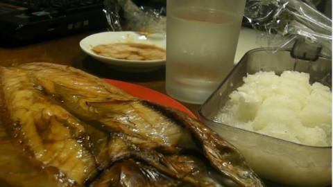 [下酒菜の旅人]土豆+烤鱼+芝士焗蔬菜+荞麦面+烧刺身+鱿鱼仔+蔬菜炒肉 等