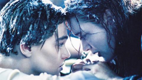 《泰坦尼克号》真实结局!杰克沉入海中后的下场.。。。。。。。。。。。没想到你是这样的海豚