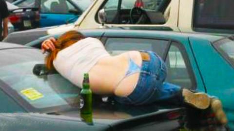 有了他,美女喝醉也可以体面睡大街