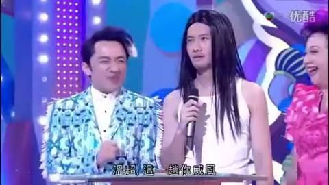 他模仿周星驰能以假乱真,王祖蓝在旁边都笑趴了!