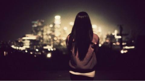 哪个瞬间让你感觉自己特别孤独?第五期