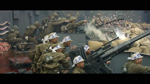 这才是战争片, 日军200门防空炮对美军400架轰炸机, 打的渣也没剩