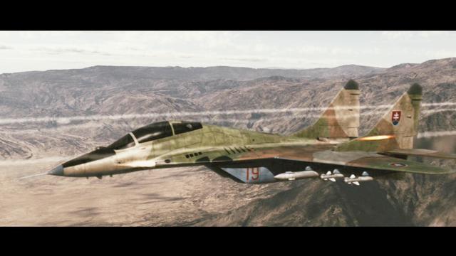 这才是现代空战大片, 侧卫苏27决战米格29, 航炮互射劲爆你的眼球