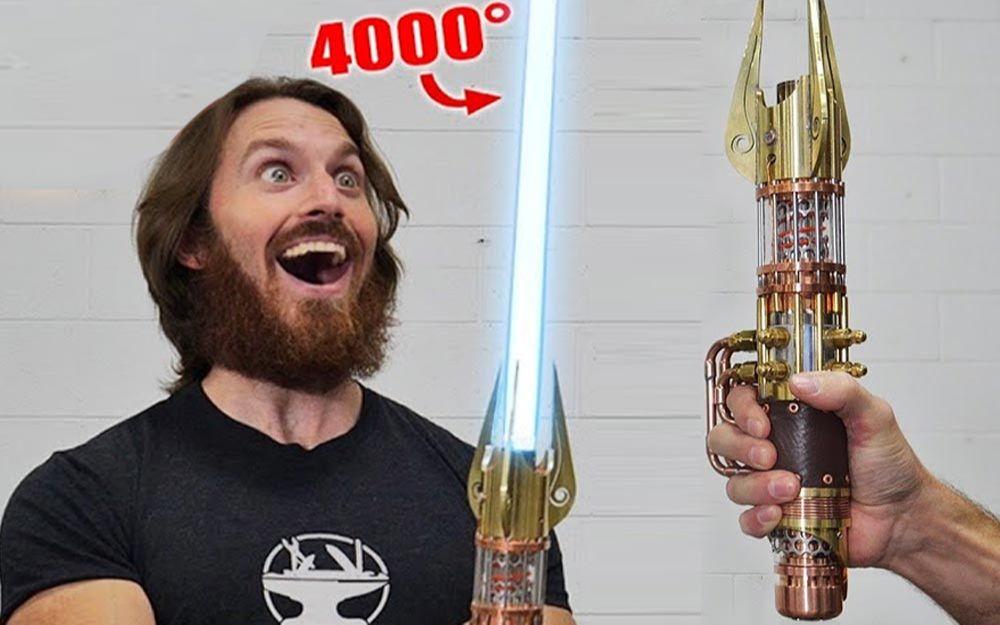 世界第一把4000℉等离子可伸缩光剑全制作! 【Hacksmith】