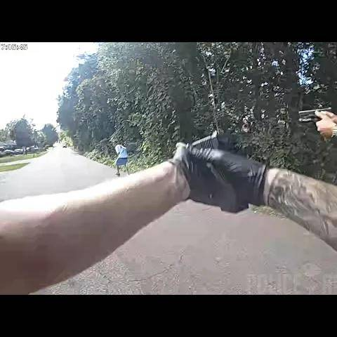 bodycam shows deputies shooting armed suspect in greenville,south carolina